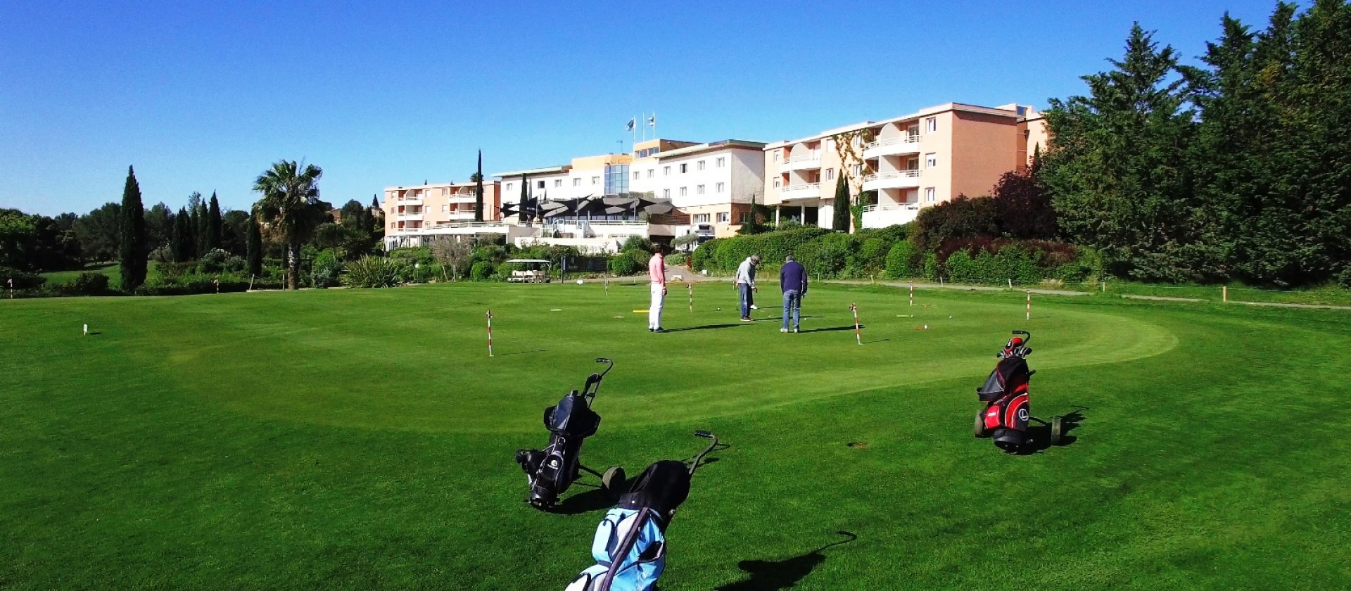 golf-resort-montpellier-fontcaude-putting-green.jpg